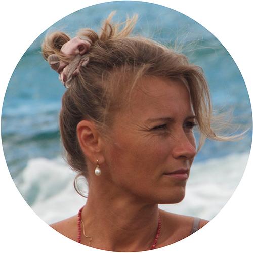 Renata Porträt 3 - Weiblichkeit Leben - eine Reise zu mir selbst